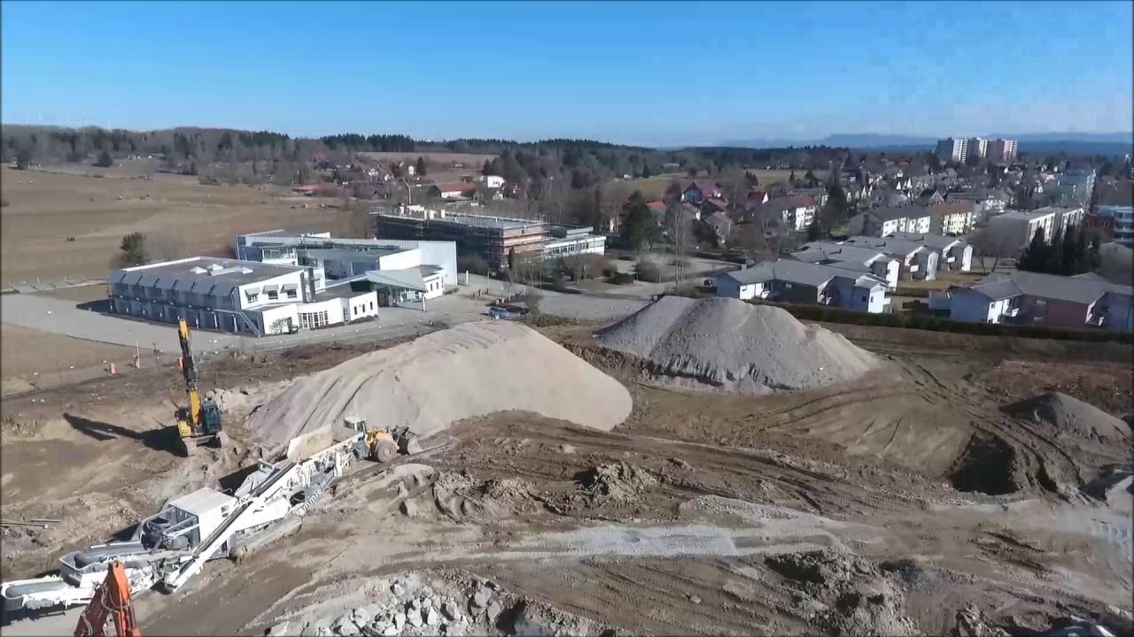 Abriss der alten Klinik VS-Schwenningen Teil 1 - YouTube