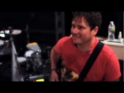 blink-182 - Dogs Eating Dogs (Video) + LYRICS HD
