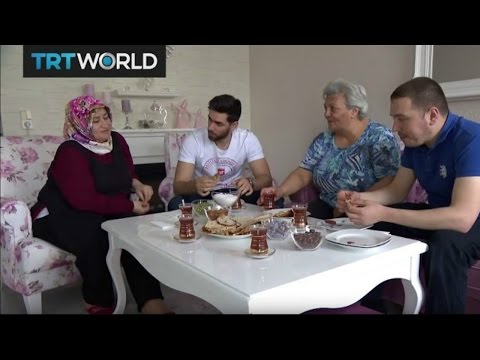 Turkey's Choice: Turks in Germany struggle with integrating