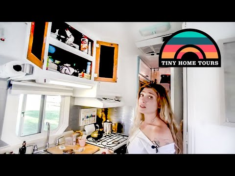 They Renovated A 2001 Motorhome & Turned It Into A Beautiful Tiny Home