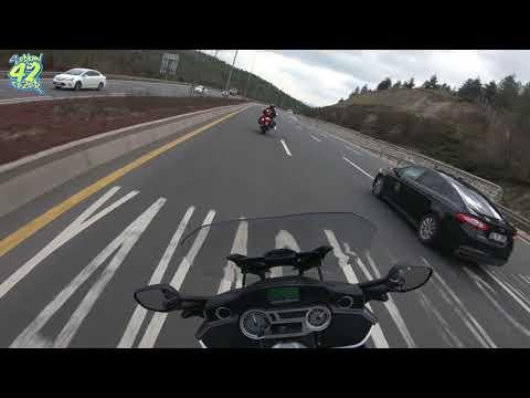 Motosiklete Fısıldayan Adam