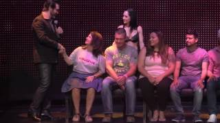 Hypnotized Girl Proposes to Performer in Las Vegas!