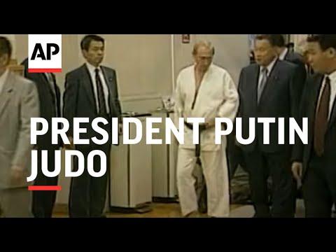 Japan Tokyo Russian President Putin Judo V Youtube