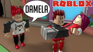 MY FRIEND STEALS THE NOVIA IN ROBLOX 😡
