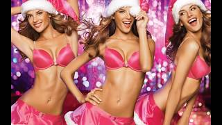 photos of hot girls in christmas outfits