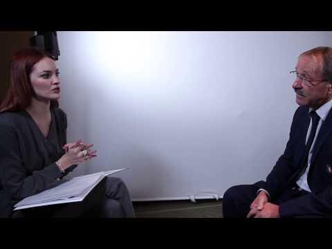 Alexandra Evans meets Jacques Brunel