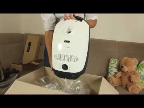 unboxing-of-miele-ecoline-classic-c1-vacuum-cleaner
