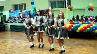 Little irish swans dance - Sionnach dance school