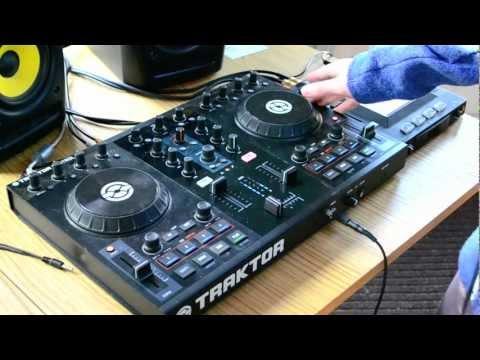Caution DJ: First Dubstep Mix of 2012 with the Traktor Kontrol S2