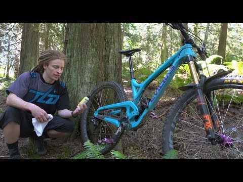 Basic Mountain Bike Maintenance - Cleaning and lubing your chain