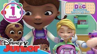 Die Notfalltasche ♫ Doc McStuffins ♫ | Disney Junior Musik