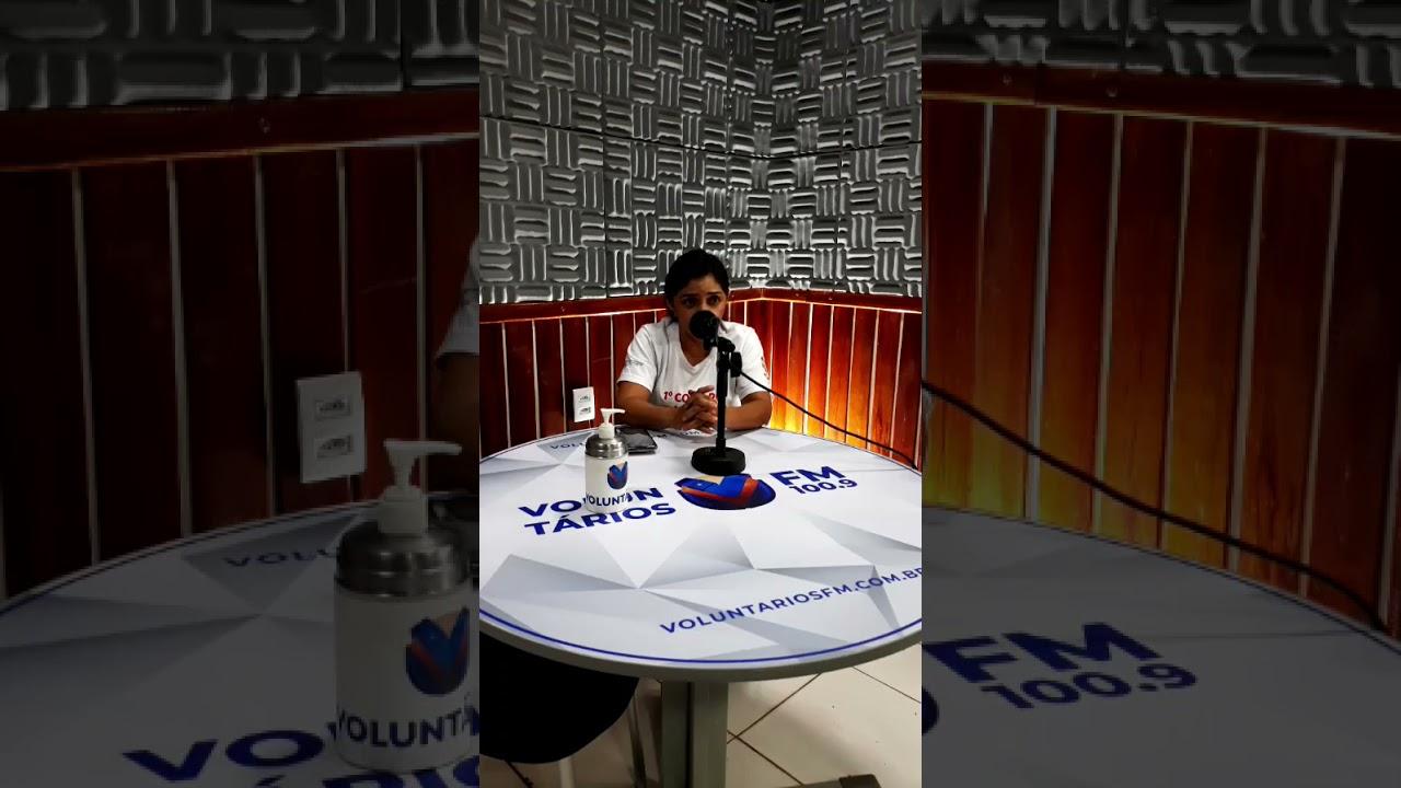Diretora do SINDACS PE em Ouricuri/PE em entrevista com a Rádio Voluntários FM