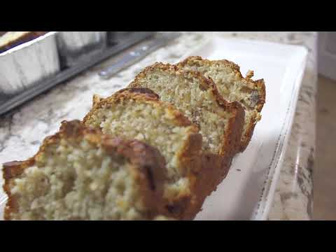 How to Make Quick & Easy Banana Nut Bread!
