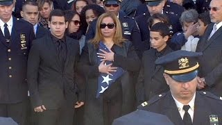 Ramos funeral: Police officers turn backs on NY mayor