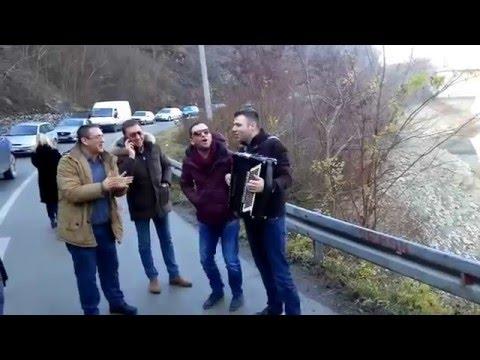 I ovo je Bosna i Hercegovina.Zastoj na putu.Kako kome :)