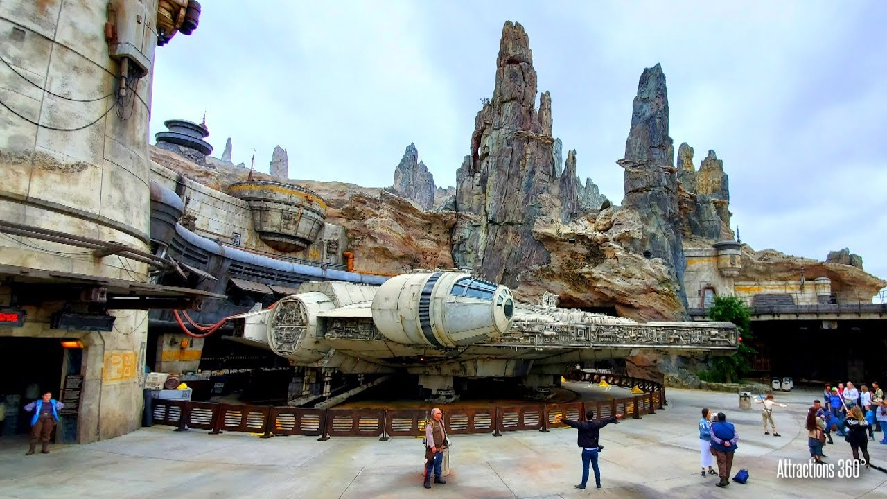 NEW! Star Wars Land Tour - Full Disneyland's Galaxy's Edge Tour