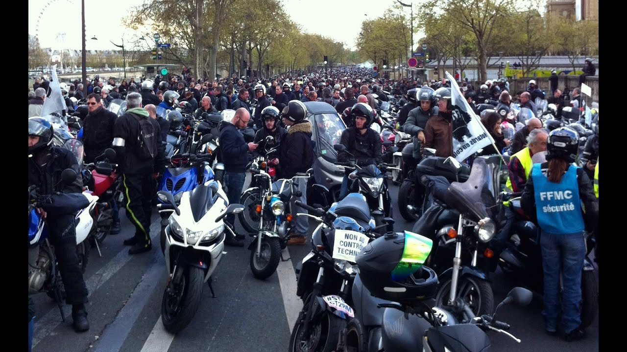 manif ffmc des motards en col re paris contre le contr le technique moto 17 04 2016 youtube. Black Bedroom Furniture Sets. Home Design Ideas