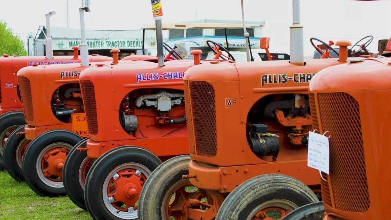 Are you looking for a machine that's ready to plow, a show tractor or a project? Tri State Antique Power Association Antique Tractor Show Youtube