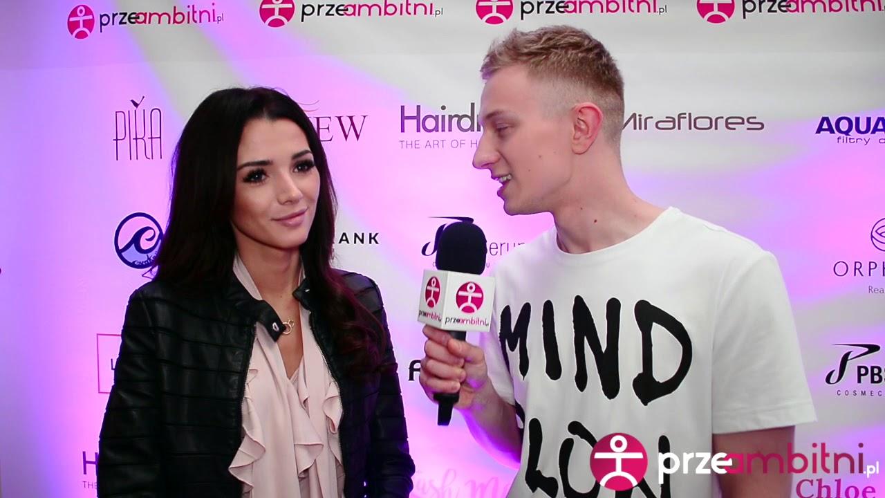 Lilly Marchell przygotwując się do wyjścia używa tylko … | przeAmbitni.pl