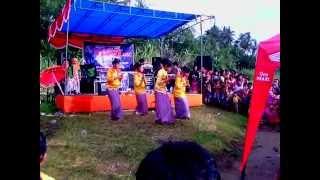 Tari persembahan tradisi mukomuko (mandi balimau) 2017 Video