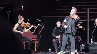 Nigel Kennedy plays Vivaldi's Four Seasons