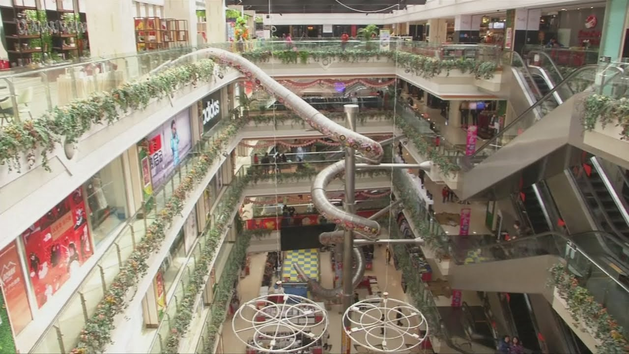 Giant slide to open in chinese shopping mall youtube for Shopping in cina