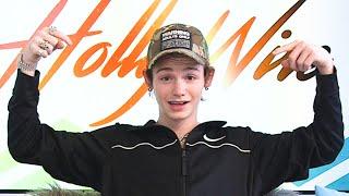 Payton Moormeier Reveals He WANTS A Girlfriend!! | Hollywire