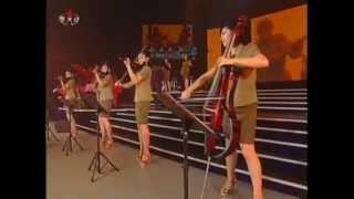 Концерт ансамбля ''Моранбон'' (корейская война).