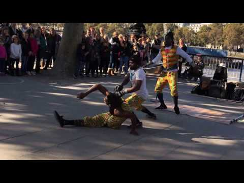 Street Perfomers  - Southbank Centre London - African Acrobats - Acrobats - Limbo