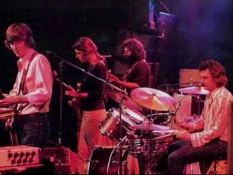 Grateful Dead : stage banter version 1.0 (LoloYodel)