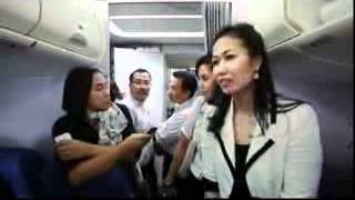 Download Video Suasana Sukhoi superjet 100 sebelum menabrak gunung salak MP3 3GP MP4