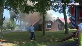 Boerderij brand af in Drouwenerveen