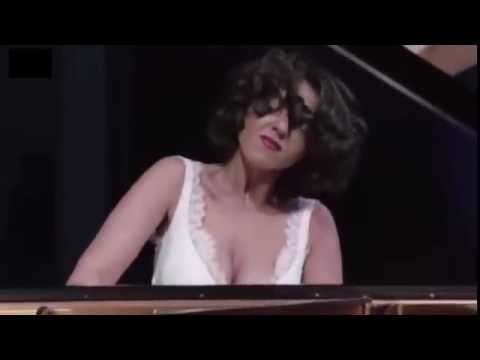 Khatia Buniatishvili   Mussorgsky  Pictures at an Exhibition
