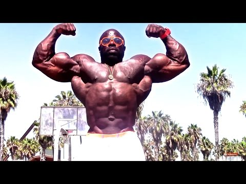 KALI MUSCLE - LABOR DAY AT VENICE BEACH 2015 | Kali Muscle