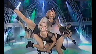 Sexy 90s italian dancers showing off their flexibility in tight outfits