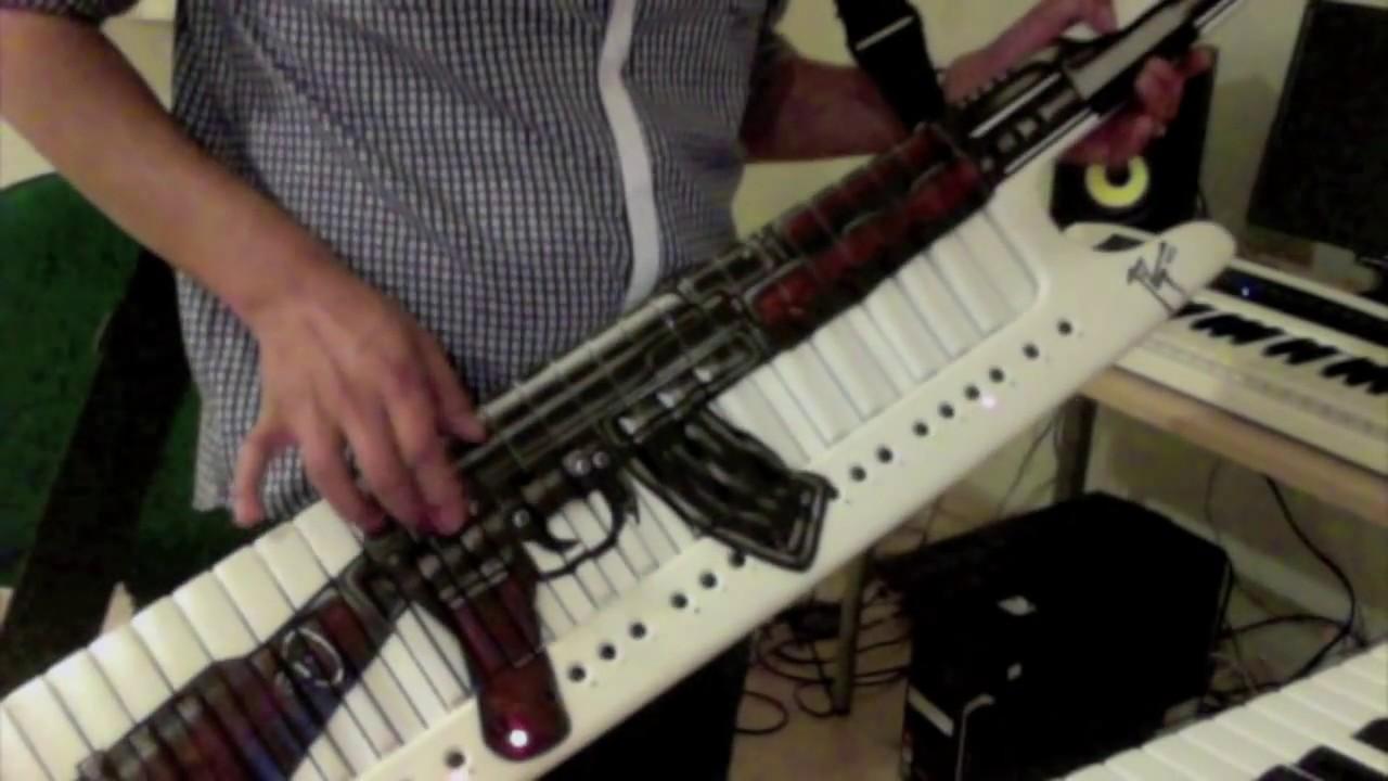 Foto del teclado de pablo lescano 85