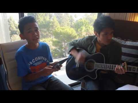 Somebody I Used To Know Gotye cover by Aldrich and James   YouTube