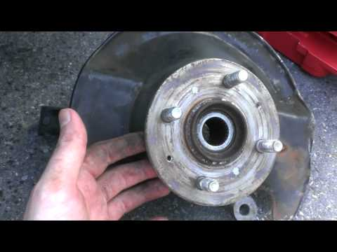 How to replace a wheel bearing on a 2001 Honda Civic EX
