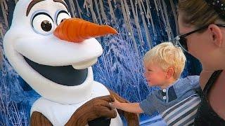 OLLIE MEETS OLAF!