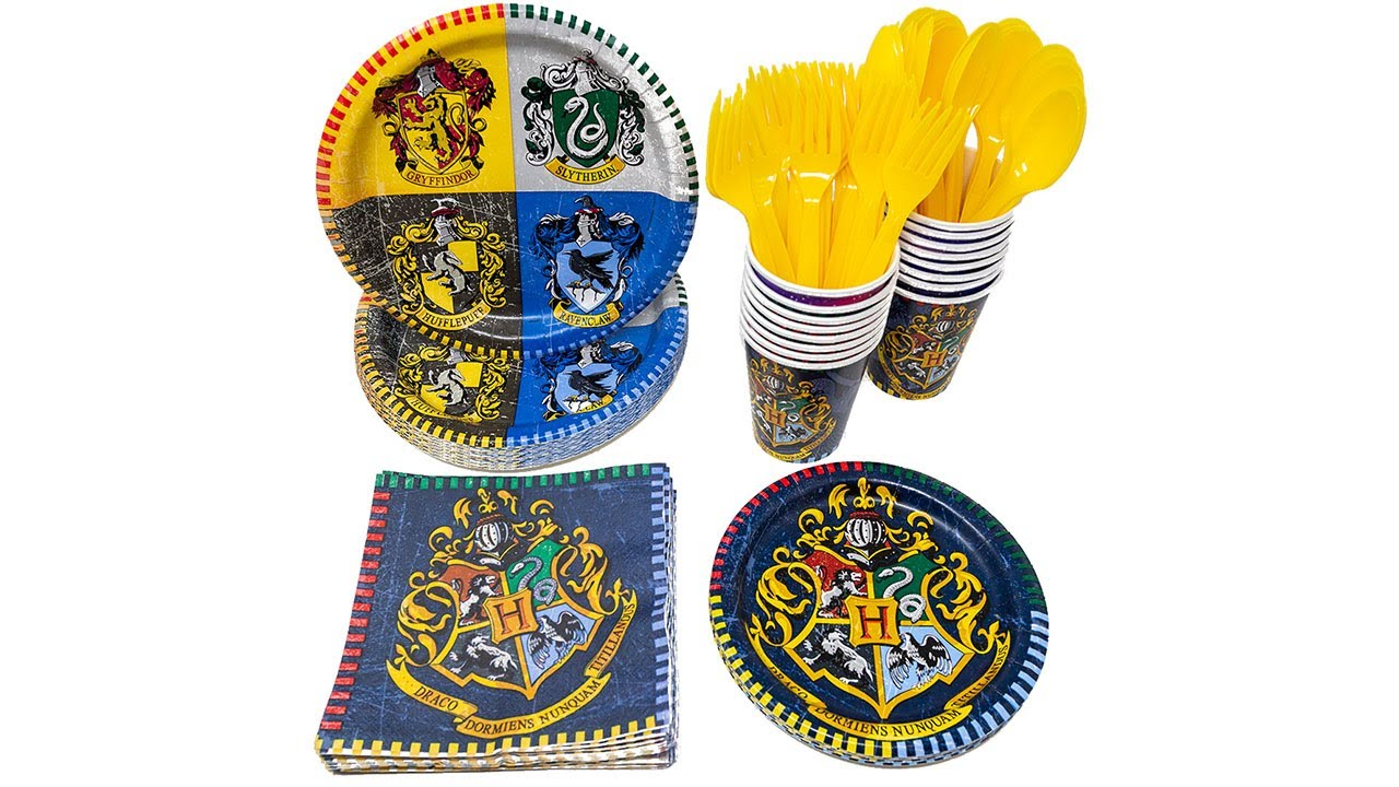 Birthday Party Supply Kit for 16 w// Table Ware HARRY POTTER