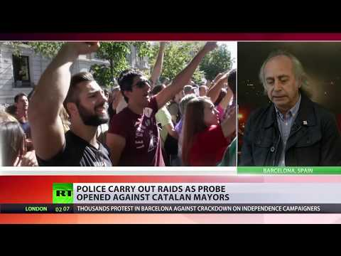Clashes with police in Catalonia ahead of independence vote