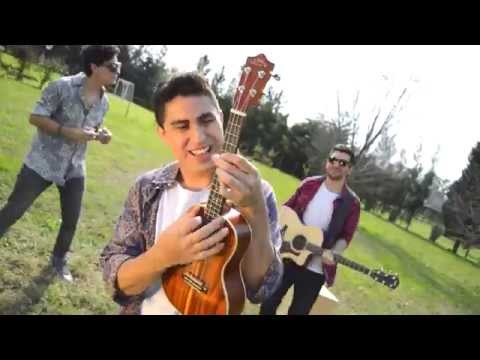 Paper Rockets - Cheerleader (OMI Acoustic Cover)