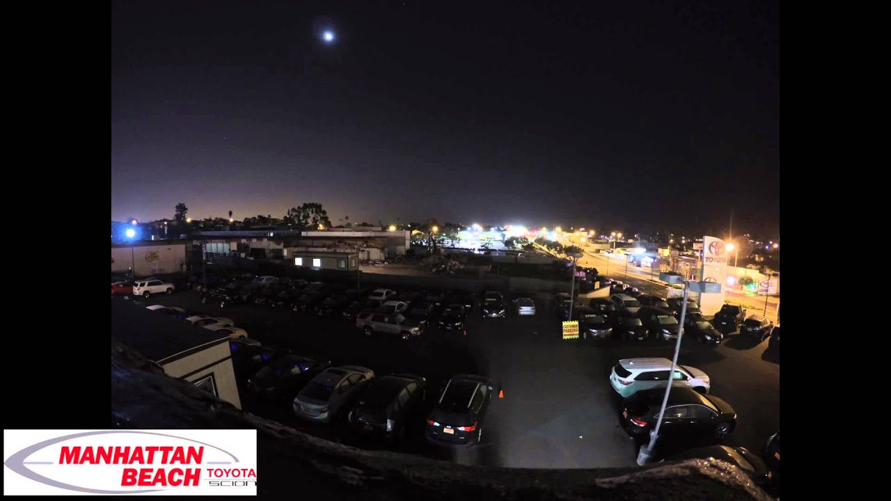 Full Moon Over Manhattan Beach Toyota Time Lapse