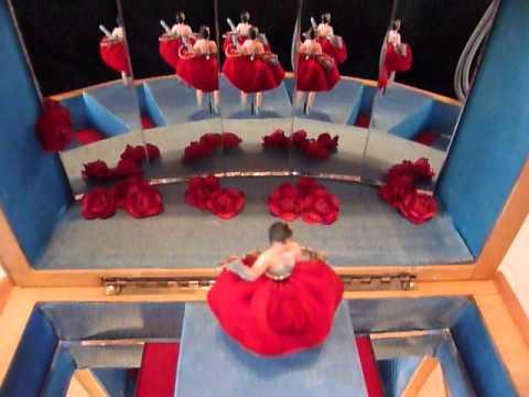 Dancing ballerina (double) jewelry box