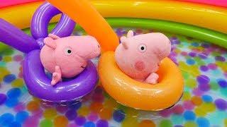 Свинка Пеппа - Детское видео, как свинки плавают в  бассейне