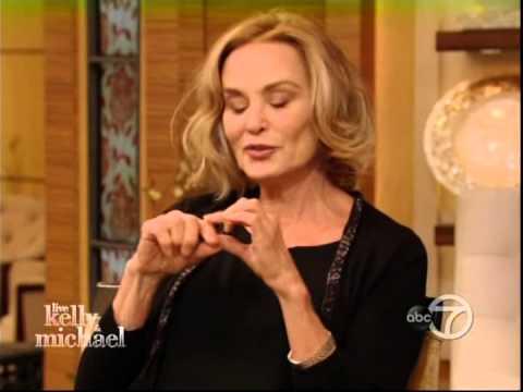 Jessica Lange on Live w/ Kelly & Michael, 01/06/2015