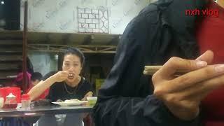 NXH - đi ăn cơm quay trộm gái ăn cơm | em gái ăn ngon quá