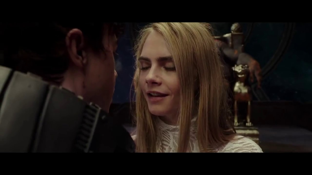 Download Valerian and the City of a Thousand Planets Food For His Majesty SCENE (2017)