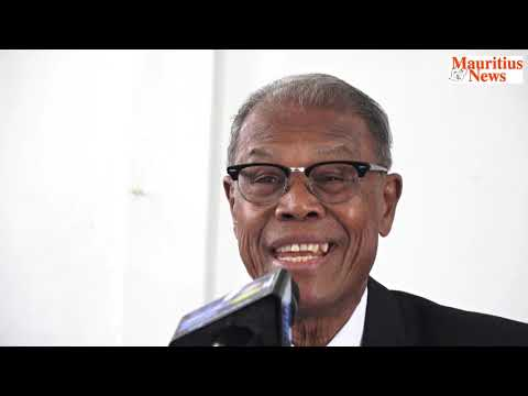 Mauritius News: Eliezer François tacle Xavier Duval