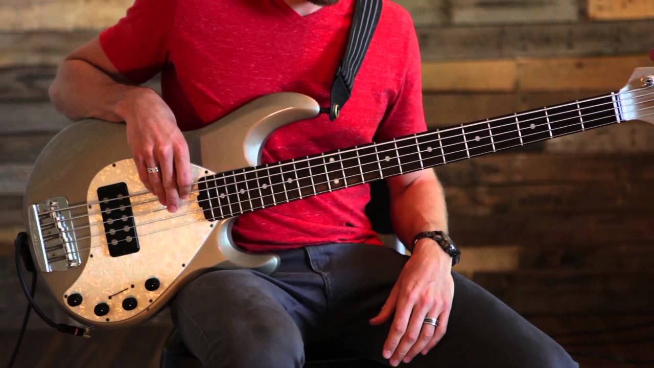 How To Play Nothing But The Blood On The Bass Guitar Austin Stone